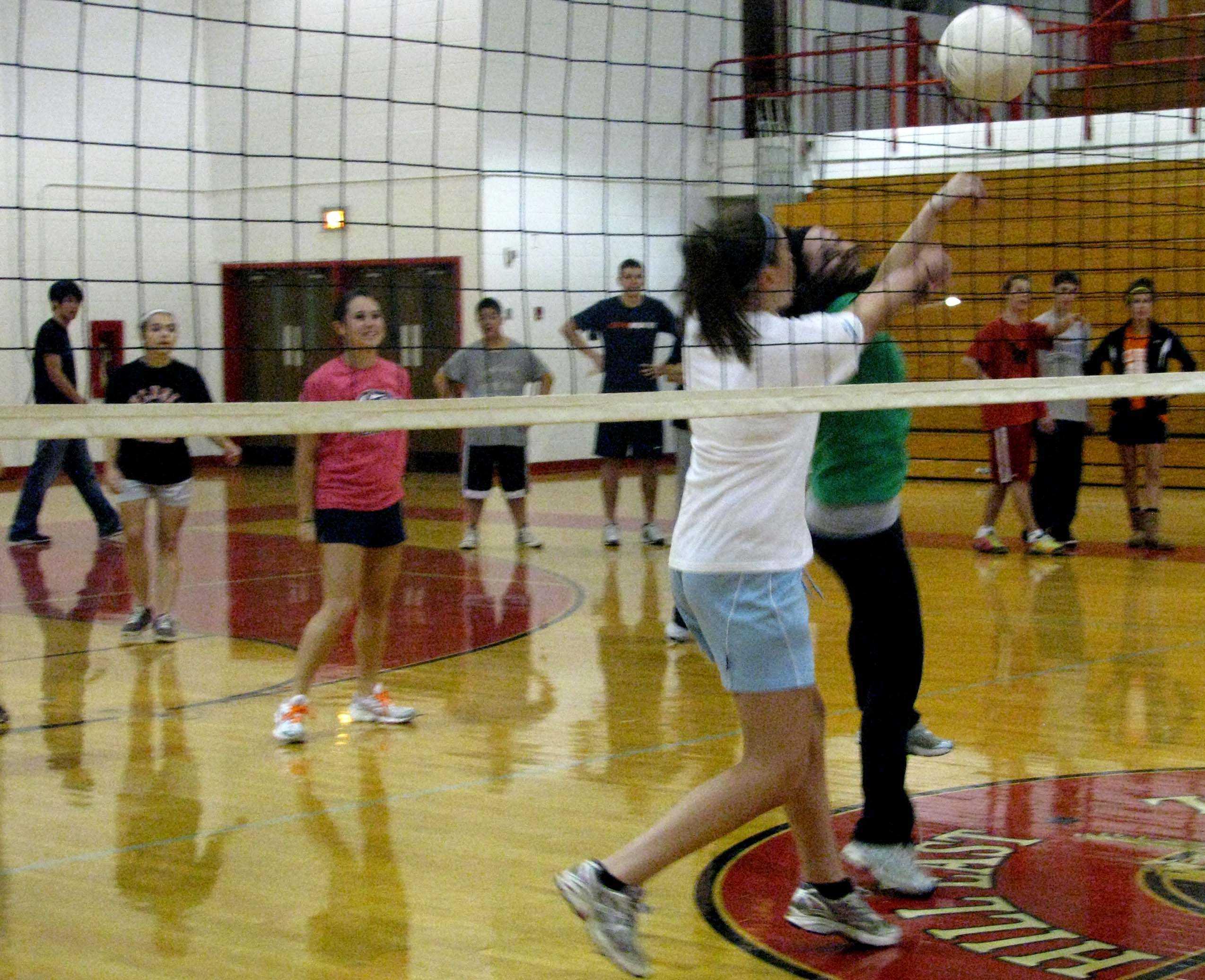 Spirit Week Volleyball3