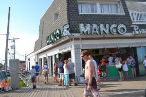mac and mancos