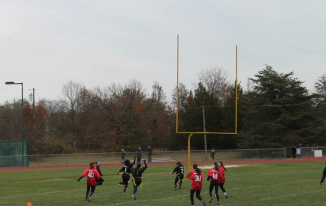 Seniors rout juniors in the 2013 Powderpuff Game