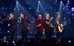 One Direction wins big at AMAs