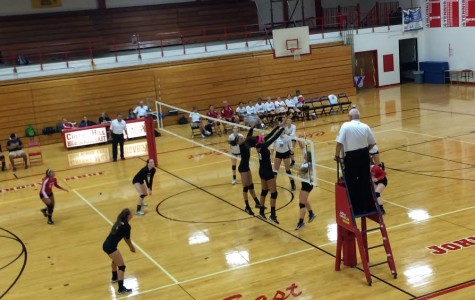 East Girls Volleyball Defeats Washington Township