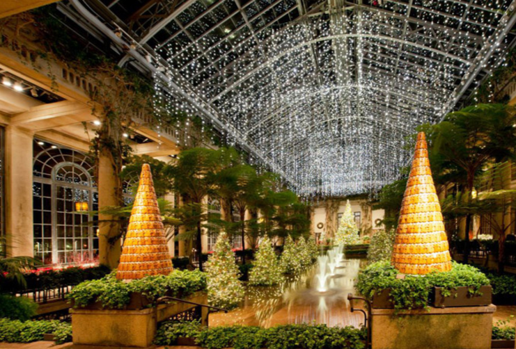 From+November+24th+to+January+8th%2C+people+from+all+around+come+to+Longwood+Gardens+to+enjoy+their+Christmas+event.+