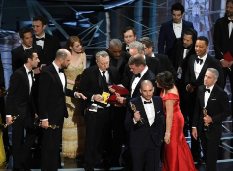 The Oscar's Mix-Up: 'Moonlight' wins best-picture, but only after the 'La La Land' cast is called to the stage by mistake.