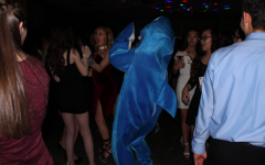 Class of 2020 takes a trip under the sea for their freshman dance