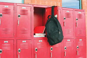 With so few minutes between classes, it is hard for students to make use of their lockers.
