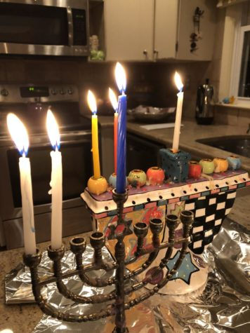Students share their Hanukkah traditions around East